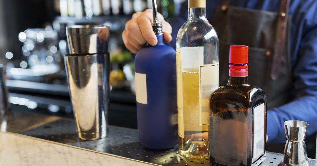 etiquetas bebidas alcohol